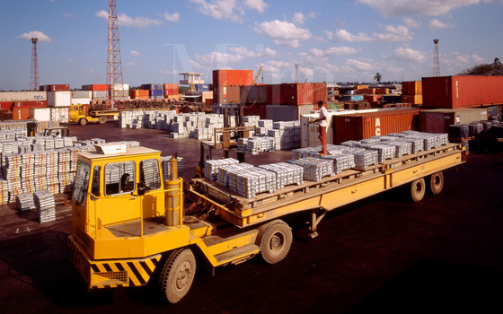 UAL Namibia truck